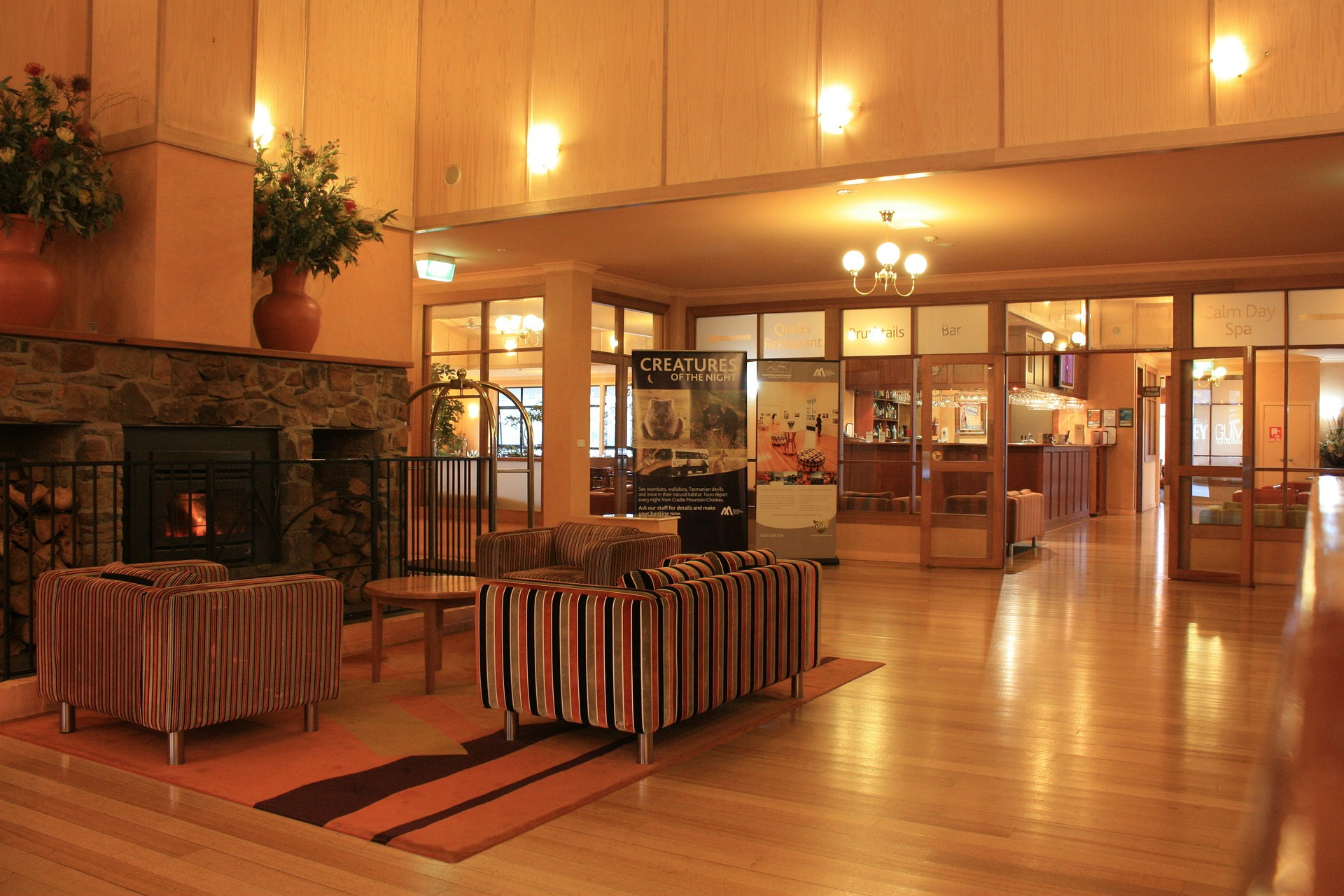 Renovating Guest Rooms? Don't Forget to Modernize Your Hotel Lobby